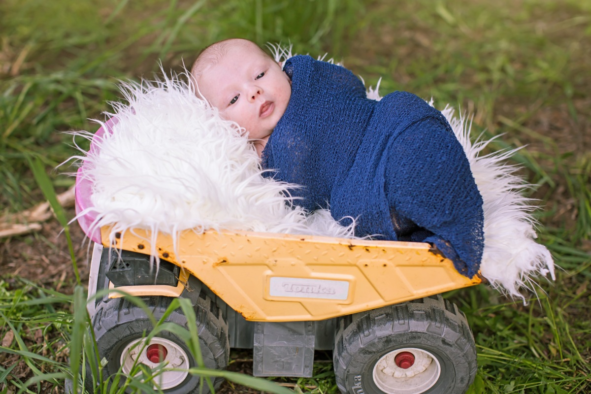 #capturingessencephotography, #boysandtonkatrucks, #babylove