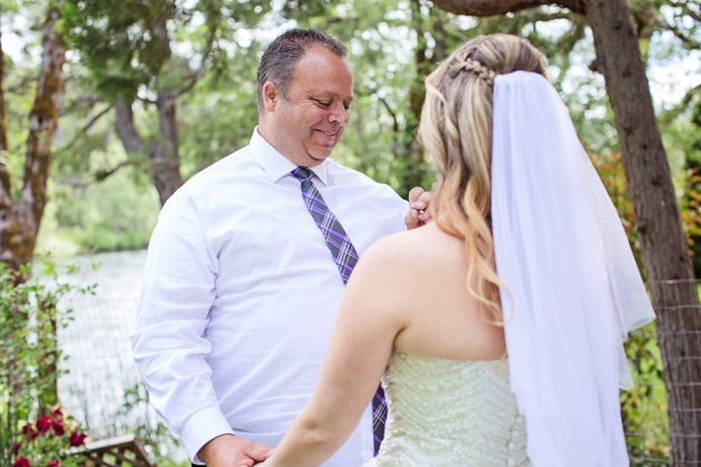 #capturingessencephotography, #loveisintheair, #vows
